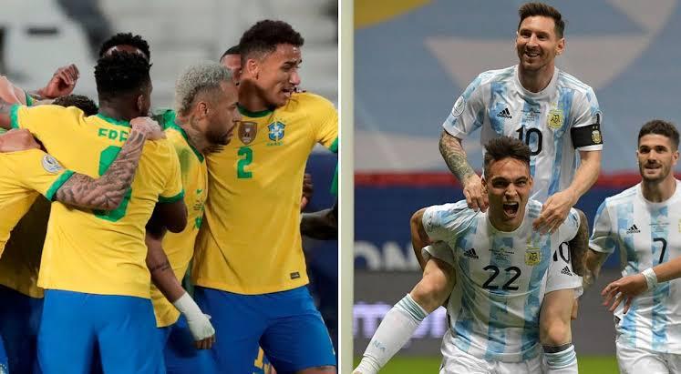 El partido entre Brasil y argentina fue suspendido. Agentes de migraciones ingresaron al campo.